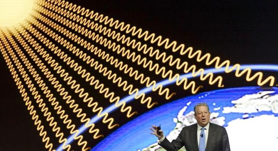 Den tidligere amerikanske præsidentkandidat Al Gore var en af de første foredragsholdere til 2015-topchef-topmødet i Davos i Schweiz, der blev skudt i gang onsdag 21. januar. Al Gore tog ikke overraskende en af sine hjertesager op - nemlig miljøproblematikken.