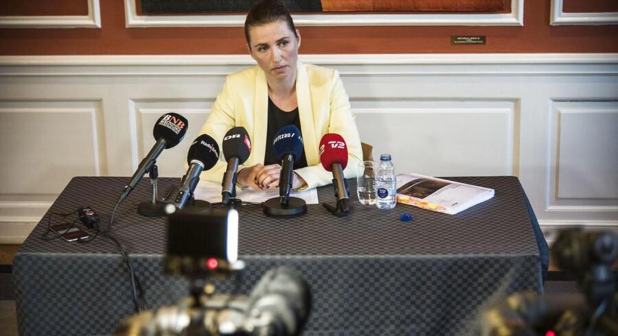 Justitsminister Mette Frederiksen (S) under pressemøde om evaluering af terrorangrebet i København.