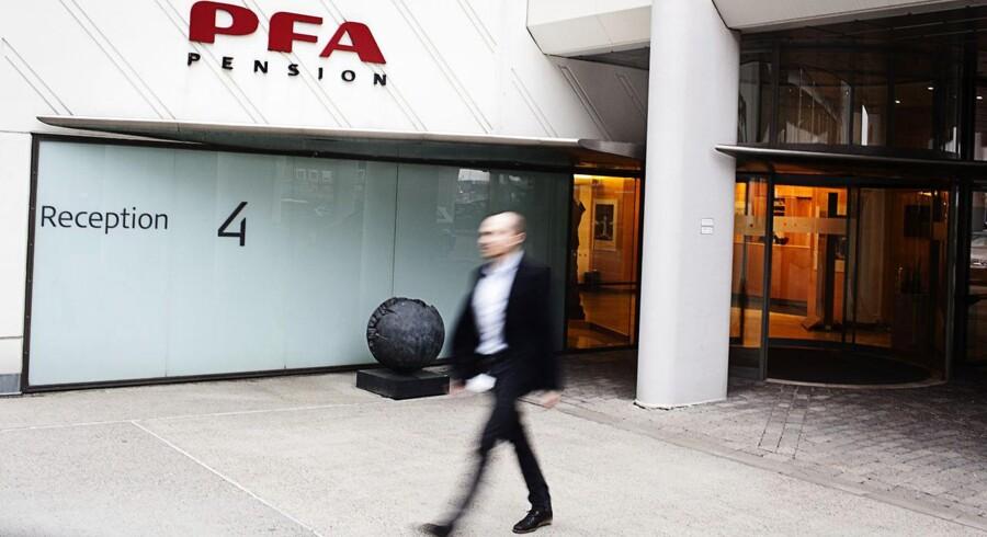 For kunderne hos eksempelvis PFA Pension er der deadline for at tage beslutningen på mandag. Men der er alt for stor forvirring om pensionsselskabernes tilbud, lyder kritikken.
