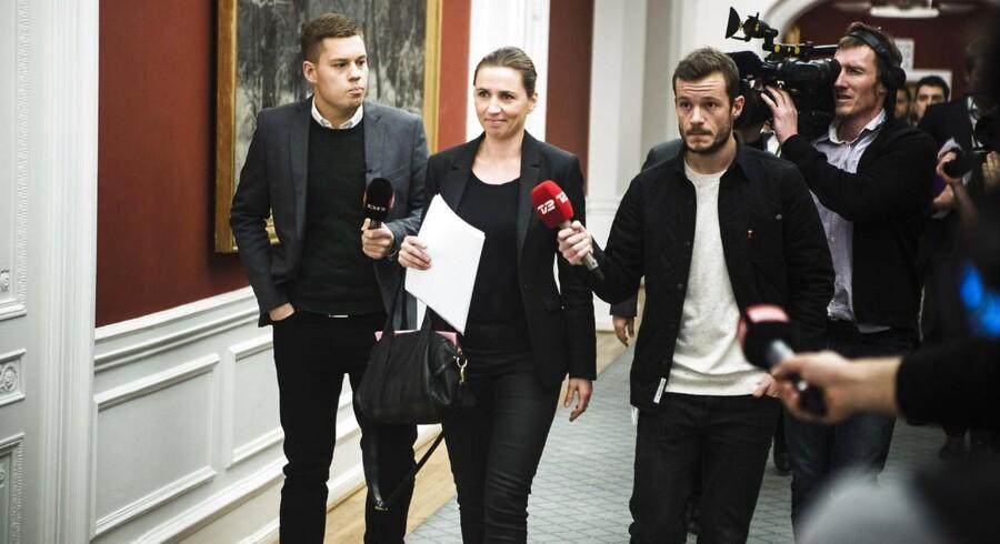 Justitsminister Mette Frederiksen har bedt Straffelovrådet om hurtigst muligt at finde ud af, hvordan de såkaldte Syrien-krigere kan dømmes som landsforrædere.