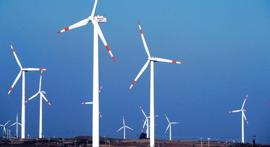 ARKIVFOTO. Siemens investerer 200 mio. euro til bygning af sin første produktionsfacilitet til offshore vindmøllekomponenter i Tyskland.