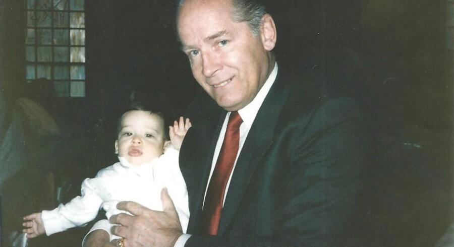 Mafiabossen »Whitey« Bulger fotograferet med sønnen til en af hans håndlangere, John Martorano.