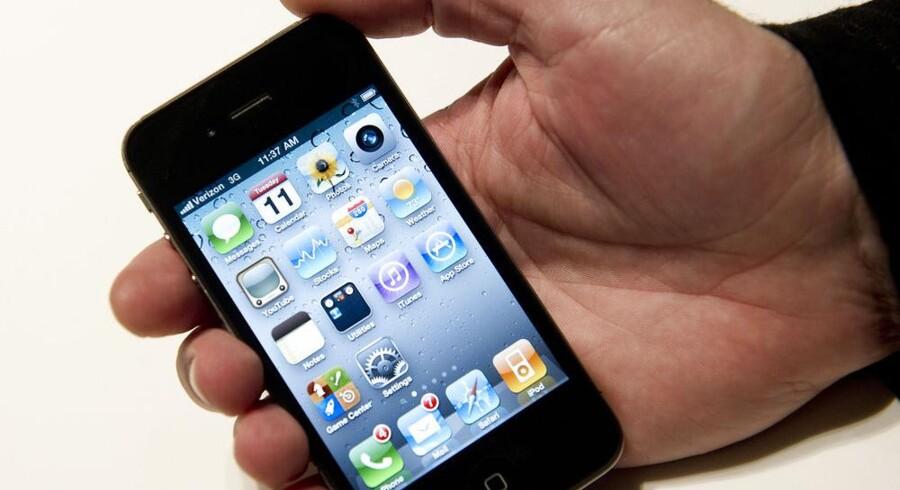 Rygtestrømmen om en ny iPhone-telefon tager til, men Apple er efterhånden mere presset trods god indtjening. Arkivfoto: Don Emmert, AFP/Scanpix
