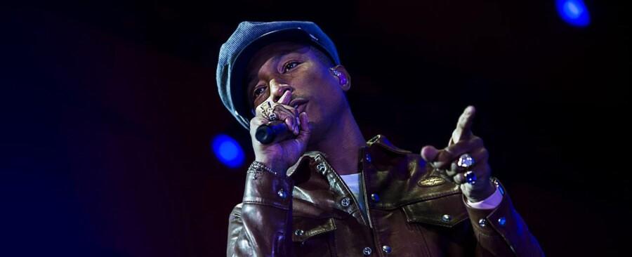 Pharrell Williams koncert på Orange scene. Onsdag den 1.juli 2015.
