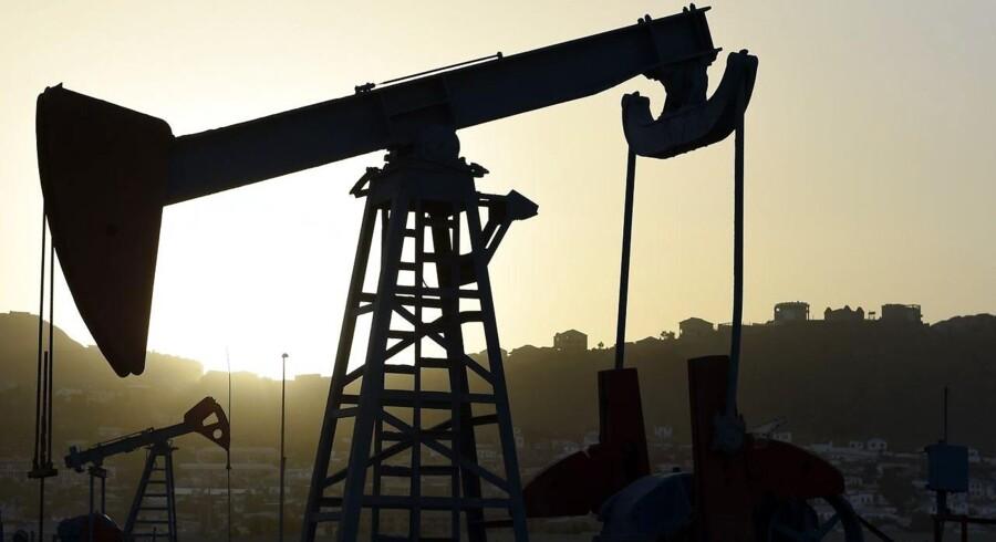 De lavere oliepriser ramte ikke den franske oliekoncern Total nær så hårdt i andet kvartal, som analytikerne havde frygtet.