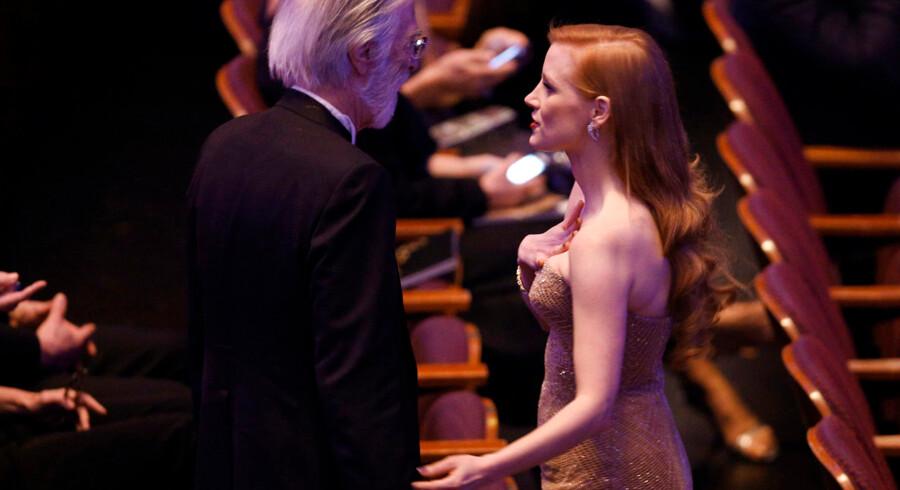 Jessica Chastain og Michael Haneke, der modtog prisen for bedste udenlandske film ved oscaruddelingerne.
