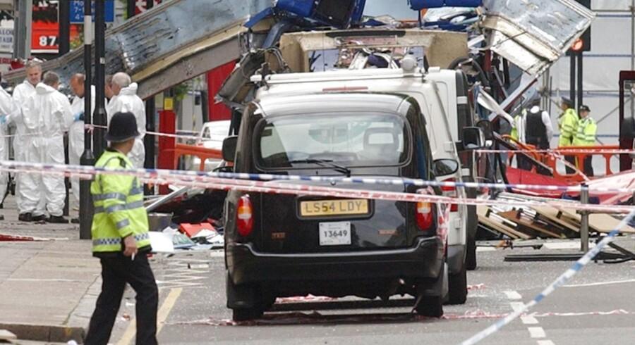 Ikke siden 2005 har et stort terrorangreb ramt Europa. Dengang skete det i London. De mange år uden store hændelser har påvirket danskernes frygt for terrorisme, siger flere eksperter.