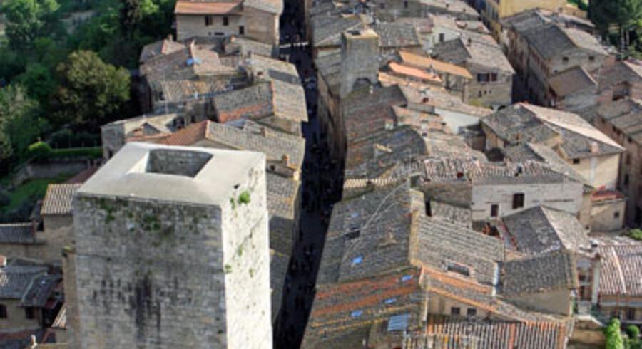Småbyerne er lagt på Toscanas bløde bakker, så de før i tiden var nemmere at forsvare.