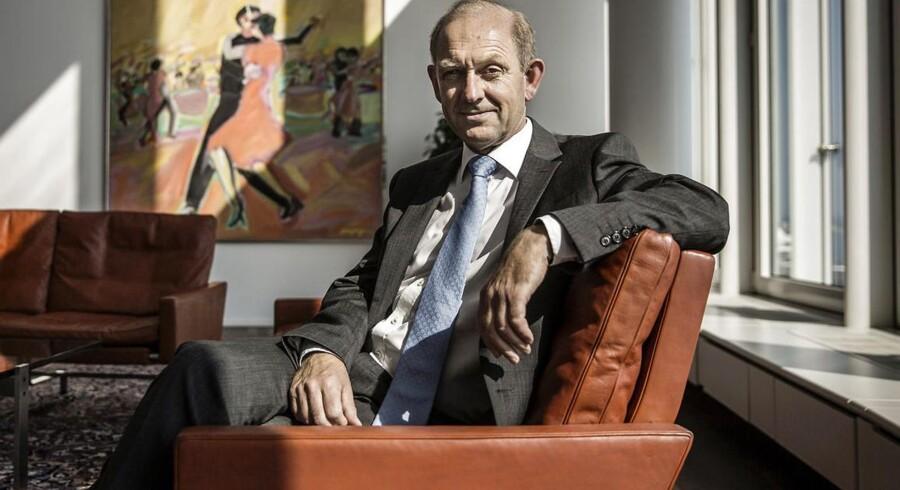 Alm. Brand-koncernens direktør, Søren Boe Mortensen, kan læne sig en anelse tilbage i stolen efter et godkendt regnskab.