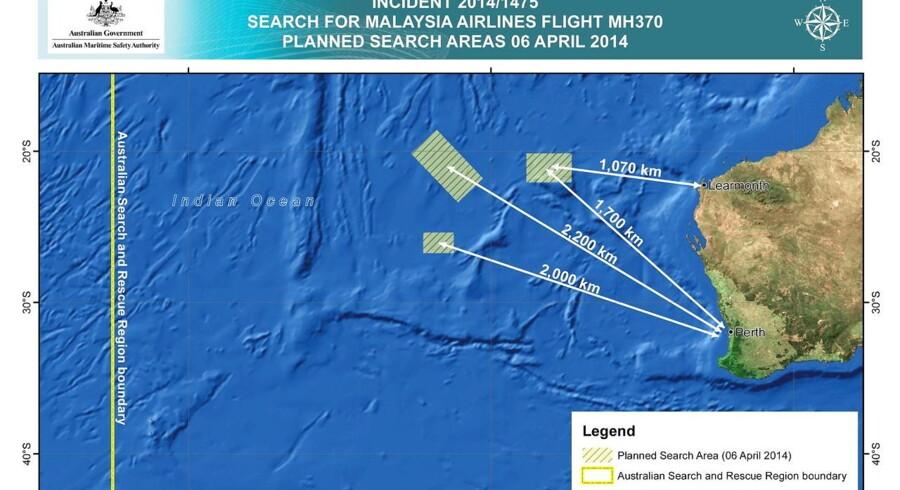 Jagten på det forsvundne fly fra Malaysia Airlines fortsætter, og kortet viser, hvor der søndah ledes i Det indiske Ocean.