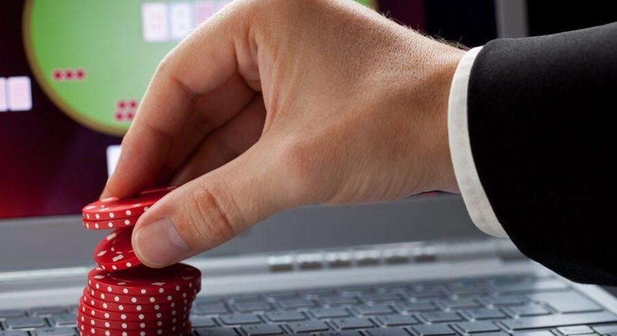 Udbydere af sociale spil på nettet vil give brugerne mulighed for at spille for rigtige penge. Foto: Scanpix / Iris