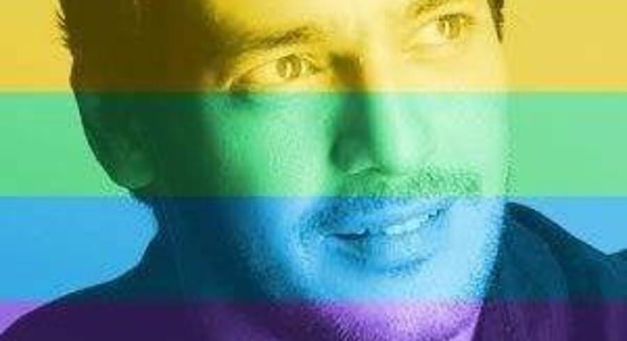 Den egyptiske skuespiller Khaled Abol Naga har fået på puklen, efter at han som milllioner af andre verden over har lagt regnbuefarver på sit profilbillede på Facebook for at støtte homoseksuelle ægteskaber. Den går ikke i det konservative Egypten. Foto fra Facebook