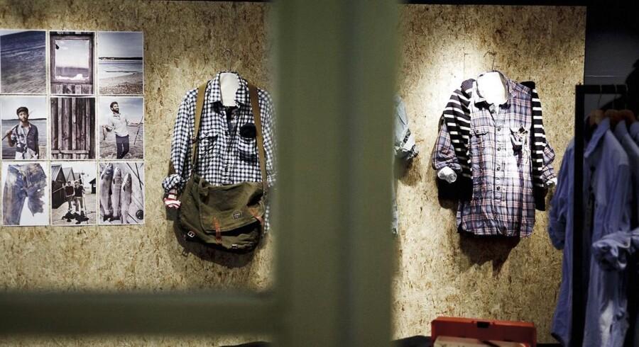 Coop sætter prisen ned på det Jackpot og Cottonfield-tøj, som kæden vil sælge i sine Kvickly-butikker fra 1. januar. Samtidig lukker de eksisterende butikker som denne Cottonfield-butik i Hyskenstræde i København.