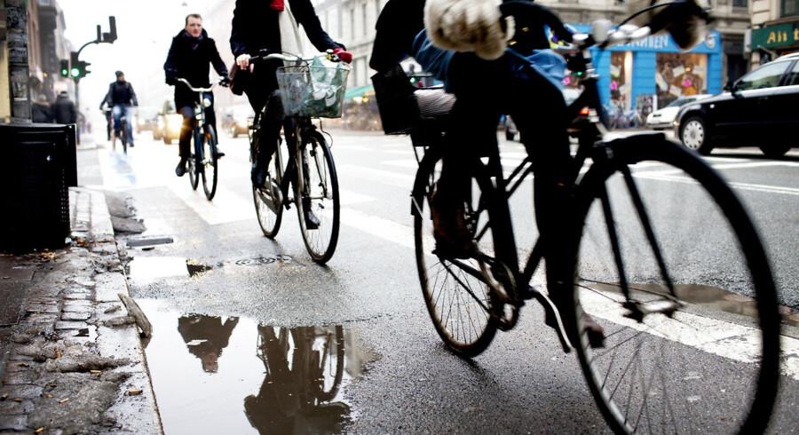 Der er i trafikaftalen afsat millioner til 'cykelsuperstier' i større byer. (Foto: Linda Henriksen/Scanpix 2012)