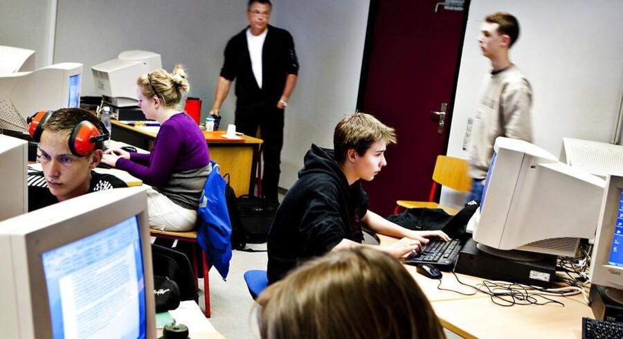 ARKIVFOTO. Elever i Bagsværd er til folkeskolens afgangsprøve.