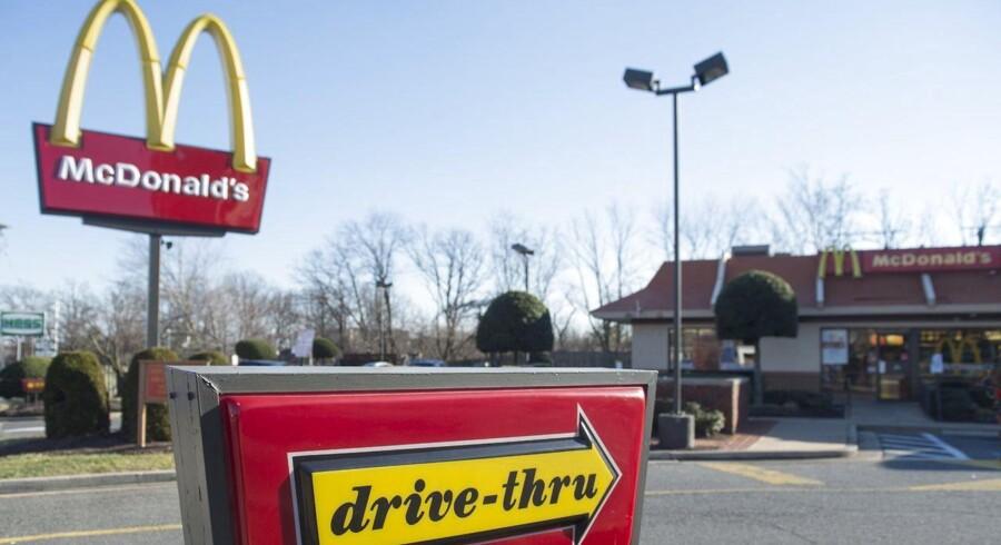 McDonald's går gennem en af de sværeste perioder i kædens historie. Steve Easterbrook har fået ansvaret for at føre kæden ud af krisen.
