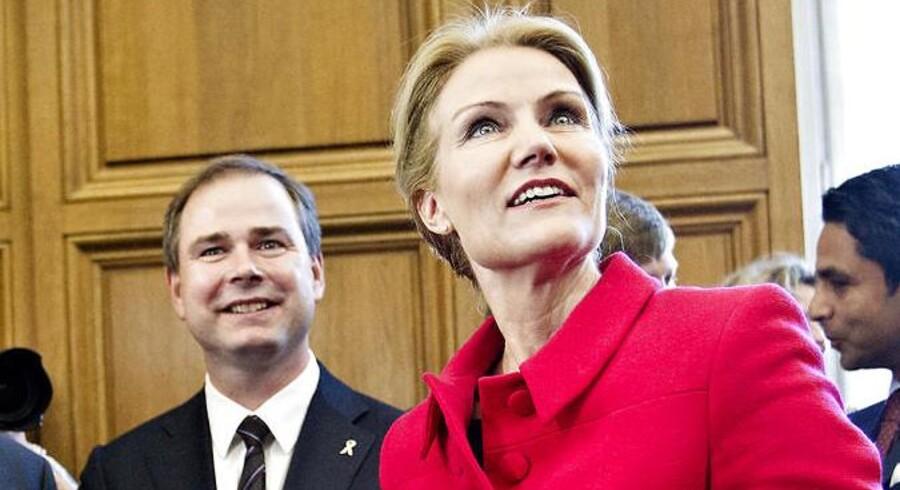 Både statsminister Helle Thorning-Schmidt (S) og forsvarsminister Nicolai Wammen (S) har fået deres CPR-numre offentliggjort.