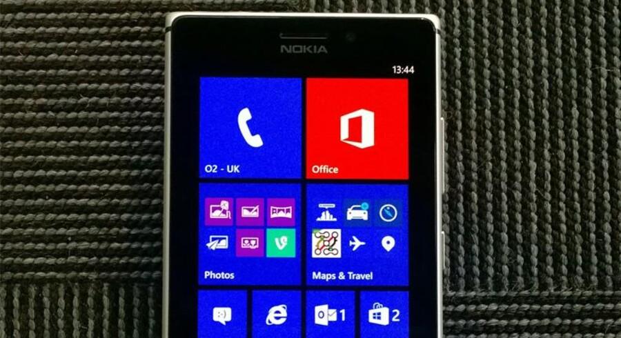 Man kan samle sine apps/småprogrammer i en mappe på startskærmen på sin Lumia-telefon, så de er nemmere at finde. Foto: Nokia