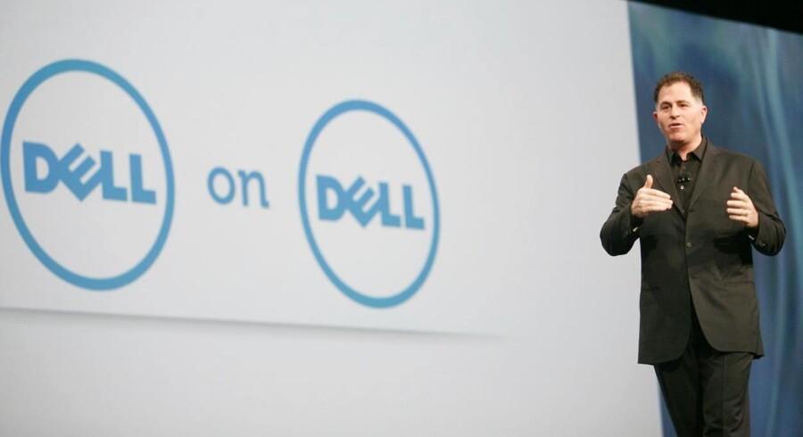 Michael Dell kæmper imod storinvestoren Carl Icahn om kontrollen over det firma, som Dell selv stiftede.