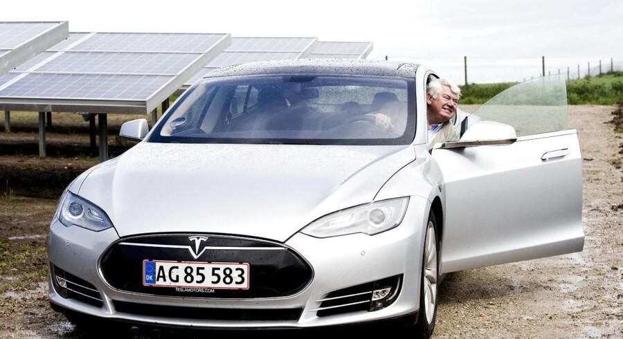 El-bilen Tesla passer fint til Danfoss' profil som greentech-virksomhed, mener Jørgen Mads Clausen, der er bestyrelsesformand i Danfoss.