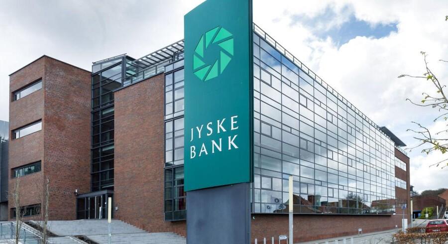 Jyske Bank må endnu en gang dække tabet for en række kunder, der havde investeret i en hedgeforening, som banken ikke havde varedeklareret godt nok.