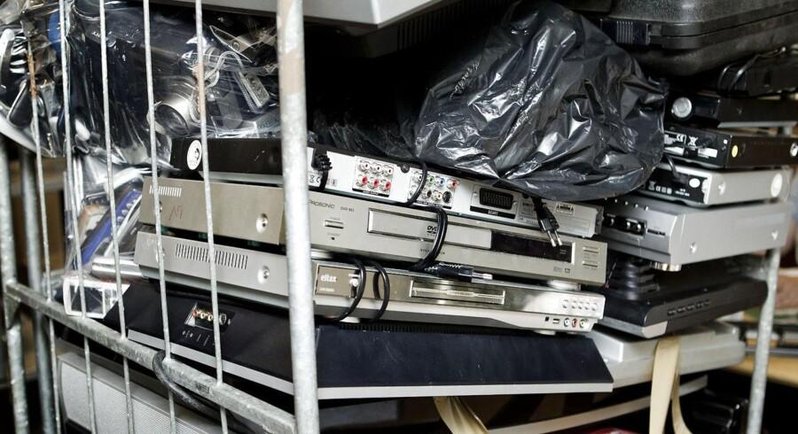 Masser af brugt elektronik kasseres hvert år. Nu skal større dele af det genbruges. Arkivfoto: Bax Lindhardt, Scanpix