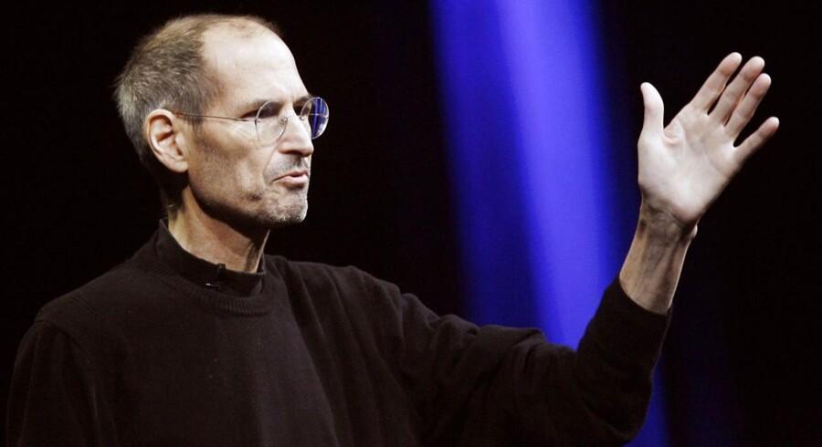 Afdøde Apple-topchef Steve Jobs spillede en afgørende rolle i forsøget på at forhindre, at teknologigiganterne kaprede ansatte hos hinanden og fik skruet lønningerne op. Arkivfoto: Kimihiro Hoshino, AFP/Scanpix