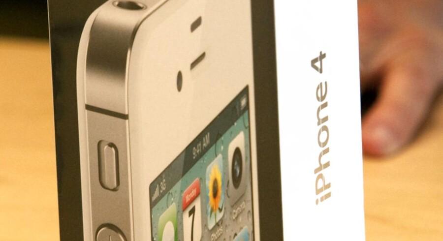 Det drejer sig helt præcist om de lade-adaptere, der fulgte med modellerne iPhone 3GS, iPhone 4 og iPhone 4S solgt i perioden oktober 2009 og 2012.
