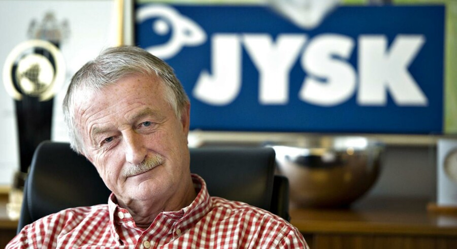 Det bliver ikke nødvendigvis Lars Larsens direktør-stol på kontoret i Jysk-hovedkvarteret, som sønnen Jacob Brunsborg kommer til at arve. Sønnen kan lige så godt køre Jysk videre som bestyrelsesformand, siger Lars Larsen.