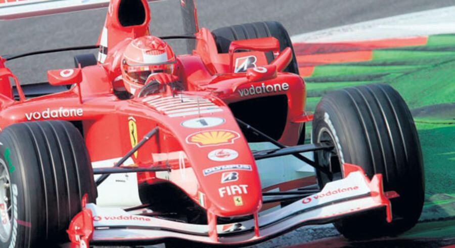 Det årlige Formel 1 løb på banen ved Monza ca. 15 km nord for Milano i Italien afslutter sæsonen i Europa.