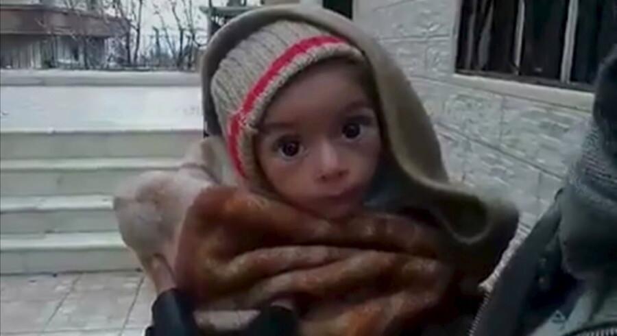 Stillbillede fra video af spædbarn i Madaya, Syrien 7.januar 2016.
