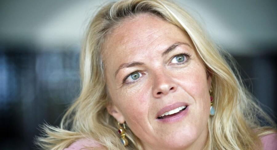 Trine Pallesen spiller med i filmen »Nøgle Hus Spejl«, der går i de danske biografer netop nu. Desuden er hun aktuel med teaterstykket »Vores Sensommer«, der havde premiere på Østre Gasværk 14. november.