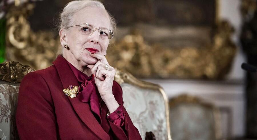 Danske - og svenske - Berlingske-læsere fra nær og fjern har sendt deres lykønskninger til dronning Margrethe, og ønsker om god bedring til Prins Henrik.