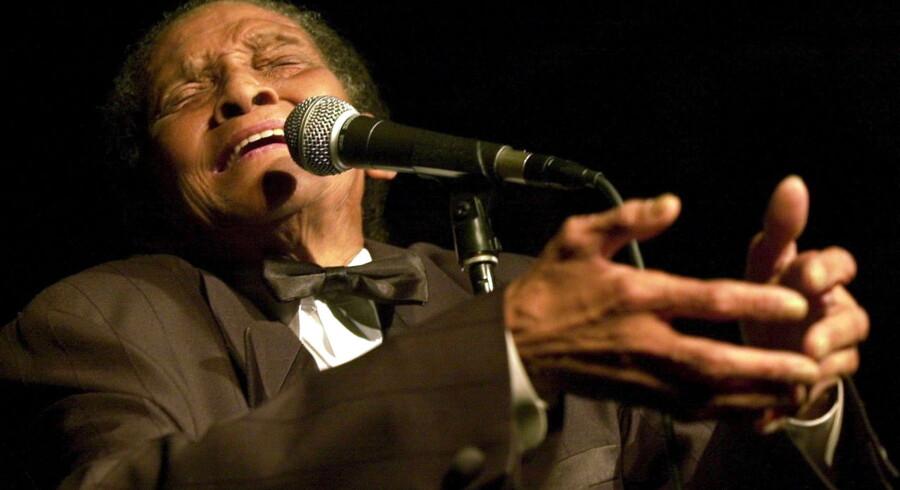 Den amerikanske jazzsanger Jimmy Scott er død i en alder af 88 år.