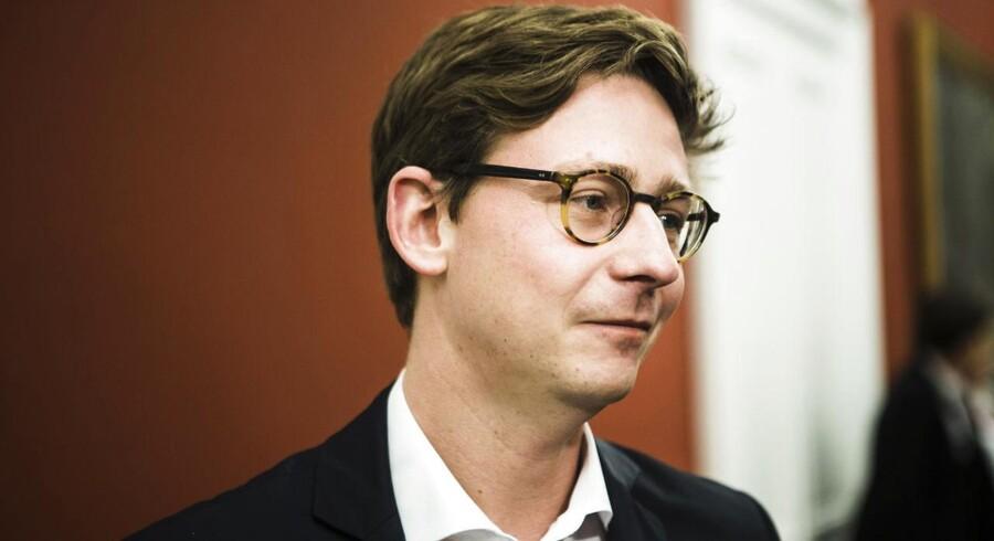 Karsten Lauritzen (V).