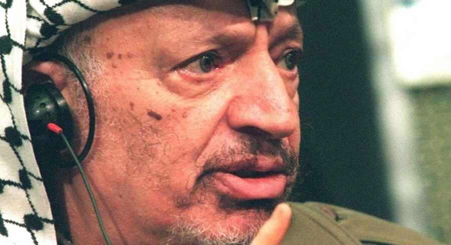 Yassir Arafat om en aftale mellem EU og Palæstina, som blev underskrevet i forbindelse med udenrigsministerrådsmødet i Bruxelles FEB. 24, 1997.