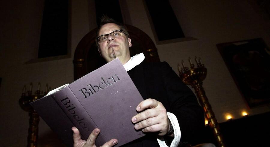 Per Ramsdal, præst ved Brorsonskirken på Nørrebro, under en gudstjeneste.