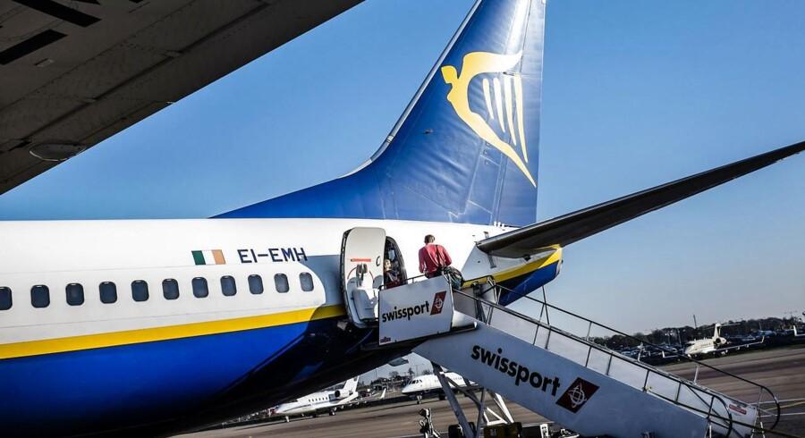Flybilletterne falder og falder i pris, og du kan nu komme til mange lande til de laveste priser nogensinde.