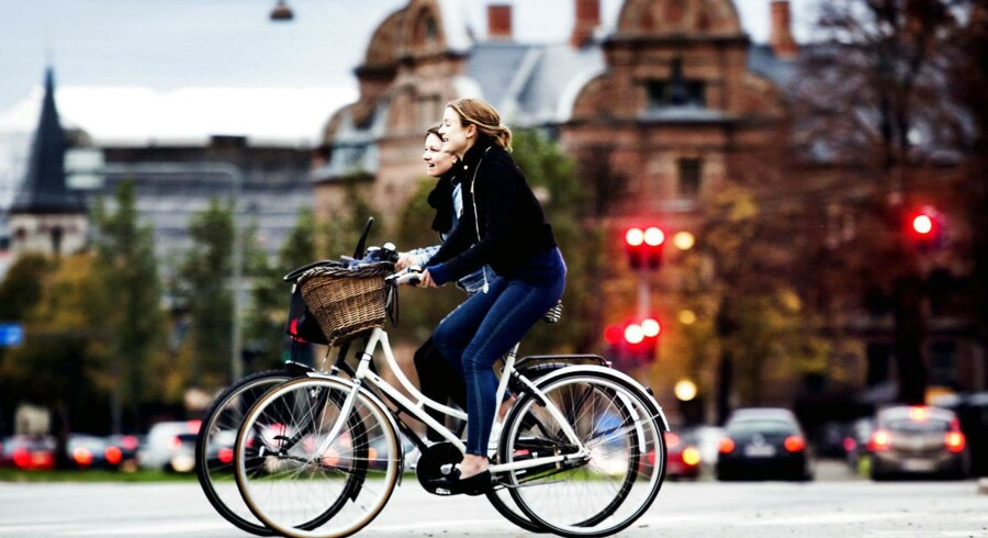ARKIVFOTO. Cykler på H.C. Andersens Boulevard i København.
