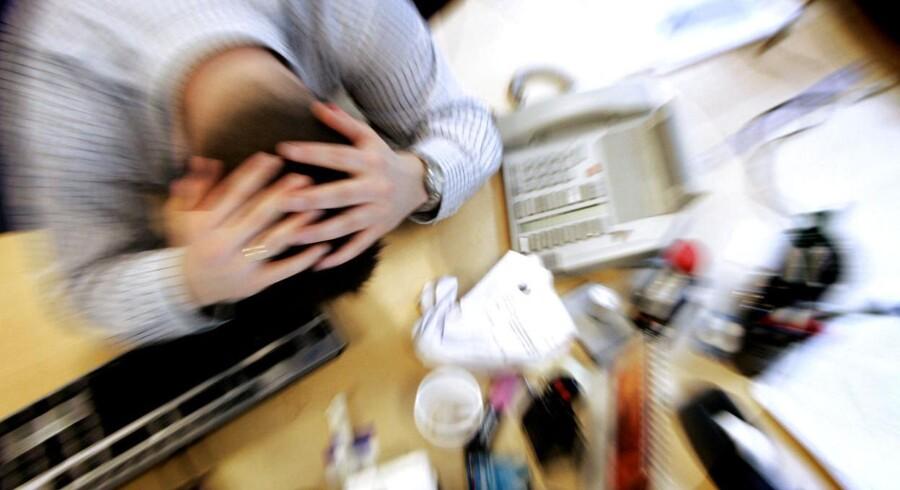 Modelfoto. Flere danskere undgår at gå til chefen med kritik af arbejdspladsen, fordi de frygter at blive fyret.