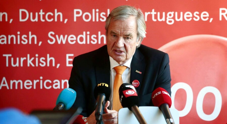 CEO of Norwegian low-cost airline Air Shuttle, Bjoern Kjos attends a press conference in Oslo on March 4, 2015. Air Shuttle said it had cancelled all flights in Scandinavia on March 4, 2015, due to the escalation of a pilots' strike. AFP PHOTO / NTB scanpix / HAKON MOSVOLD LARSEN +++ NORWAY OUT