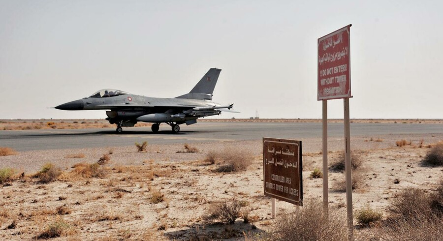 Et dansk F16-fly på basen i Kuwait, hvorfra angrebene mod IS udgår. Foto: Flyvevåbnet