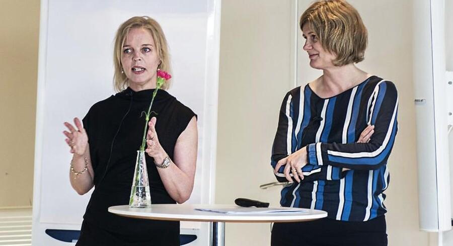 Pernille Erenbjerg (tv), CFO ov viceadm. direktør i TDC, og Mette Maix, diretør i Føtex, hold oplæg på morgenmødet »Farvel til glansbilledpigen«.