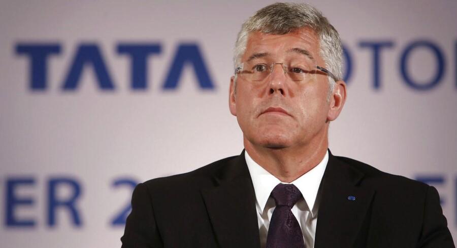 Karl Slym, administrerende direktør for indiske Tata Motors, døde søndag efter et fald fra 22. etage.