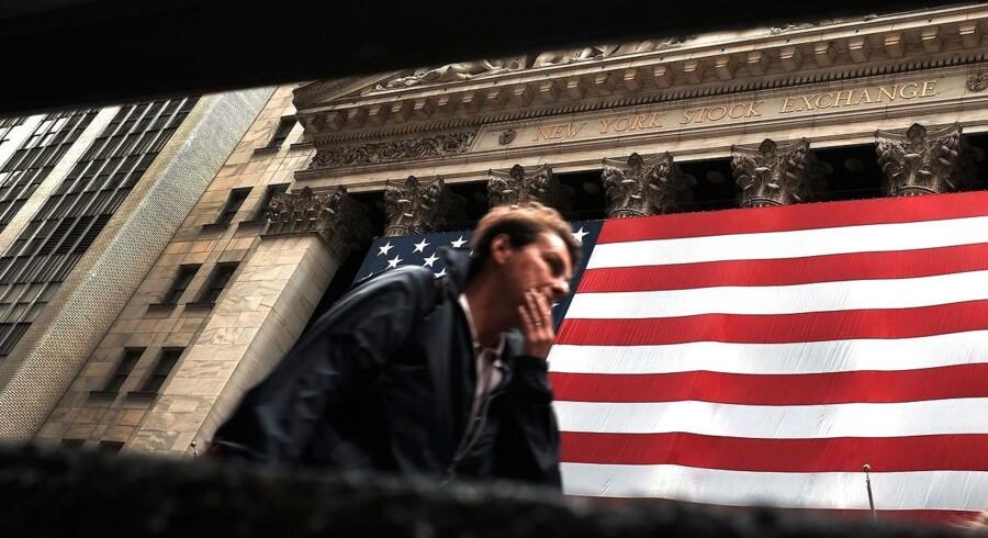 Verdens største og i særklasse mest magfulde centralbank står foran en af de mest vanskelige opgaver nærmest nogensinde i historien. Skal de sætte renten op i USA nu, eller skal de vente og se tiden an?