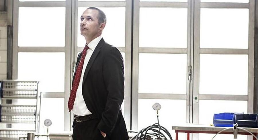Ifølge Solars administrerende direktør, Anders Wilhjelm, står vvs- og elgrossisten i en situation, hvor markedet herhjemme har vist sig fra sin skuffende side i forhold til selskabets egne forhåbninger.
