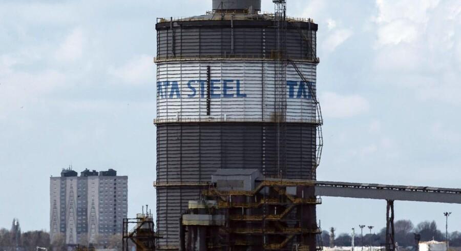 Indiske Tata Steel påbegynder salget af sin platform i Storbritannien på mandag. / AFP PHOTO / LINDSEY PARNABY