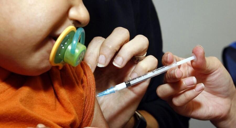 Forældre i Australien kan få frataget børnepengene, hvis ikke de har deres børn vaccineret i femårsalderen. Arkivfoto.