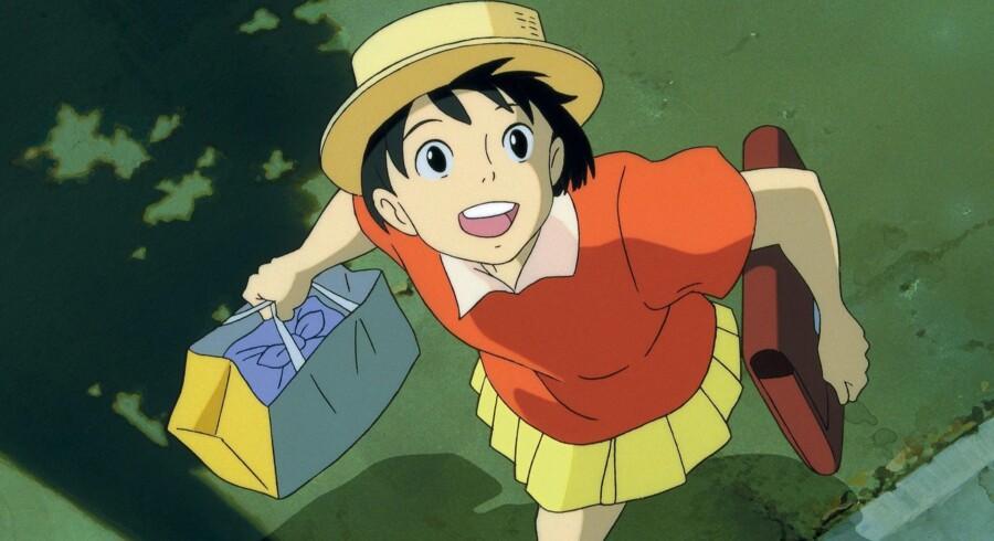 »Hjertets hvisken« er fra 1995, men føles stadig frisk. 14-årige Shizuku er en dagdrømmer, der elsker at svømme væk i fiktive historier.