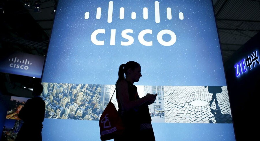 Den amerikanske netværksproducent Cisco Systems fremlagde et justeret overskud per aktie på 0,59 dollar for fjerde kvartal af det forskudte regnskabsår 2014/15. Det fremgår af selskabets regnskab.